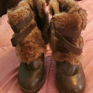 Babyphat 8 furry wedge boots